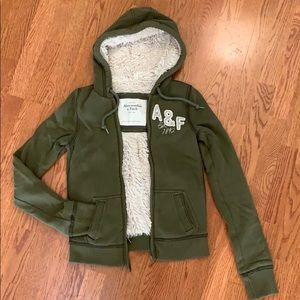Abercrombie and Fitch fur lined hoodie Size Small